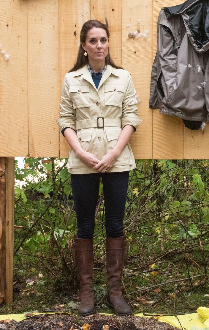 Kate Middleton, icono de la moda real - chaqueta de safari Bella Bella
