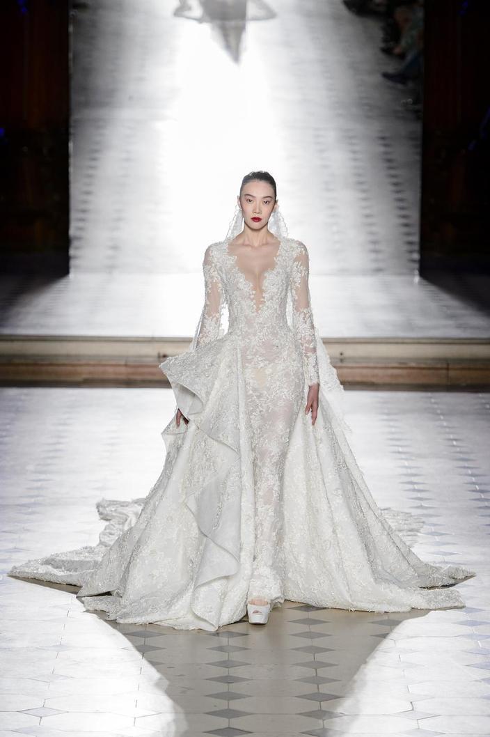 Chanel Dior Schiaparelli Les Plus Belles Robes De Mariee Reperees Sur Les Podiums Couture Madame Figaro