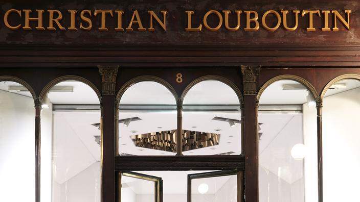 vente chaude en ligne b23e1 07a87 Au cœur de la première boutique beauté Christian Louboutin ...