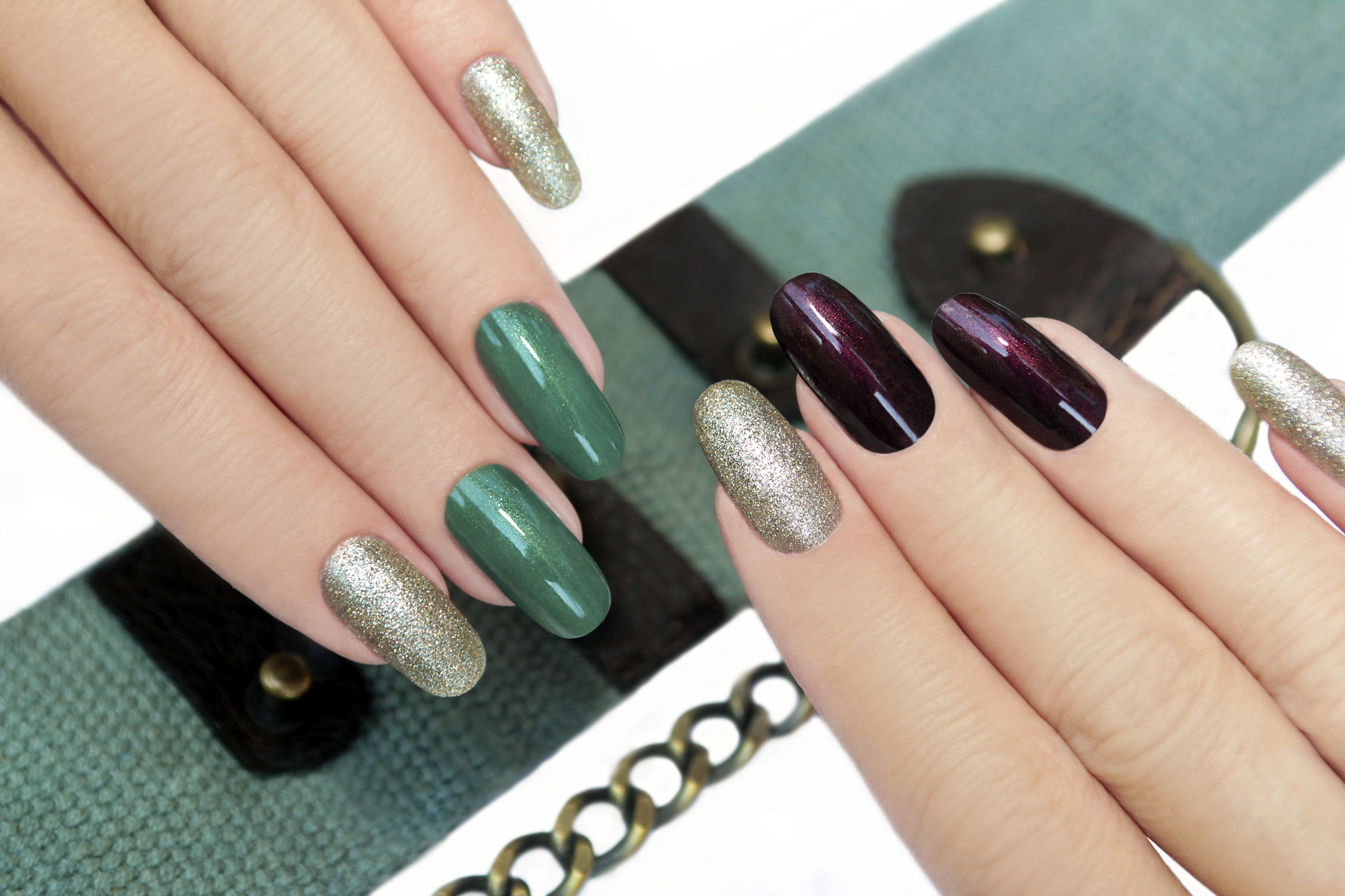 Gel ou résine  quels faux ongles choisir ? , Madame Figaro
