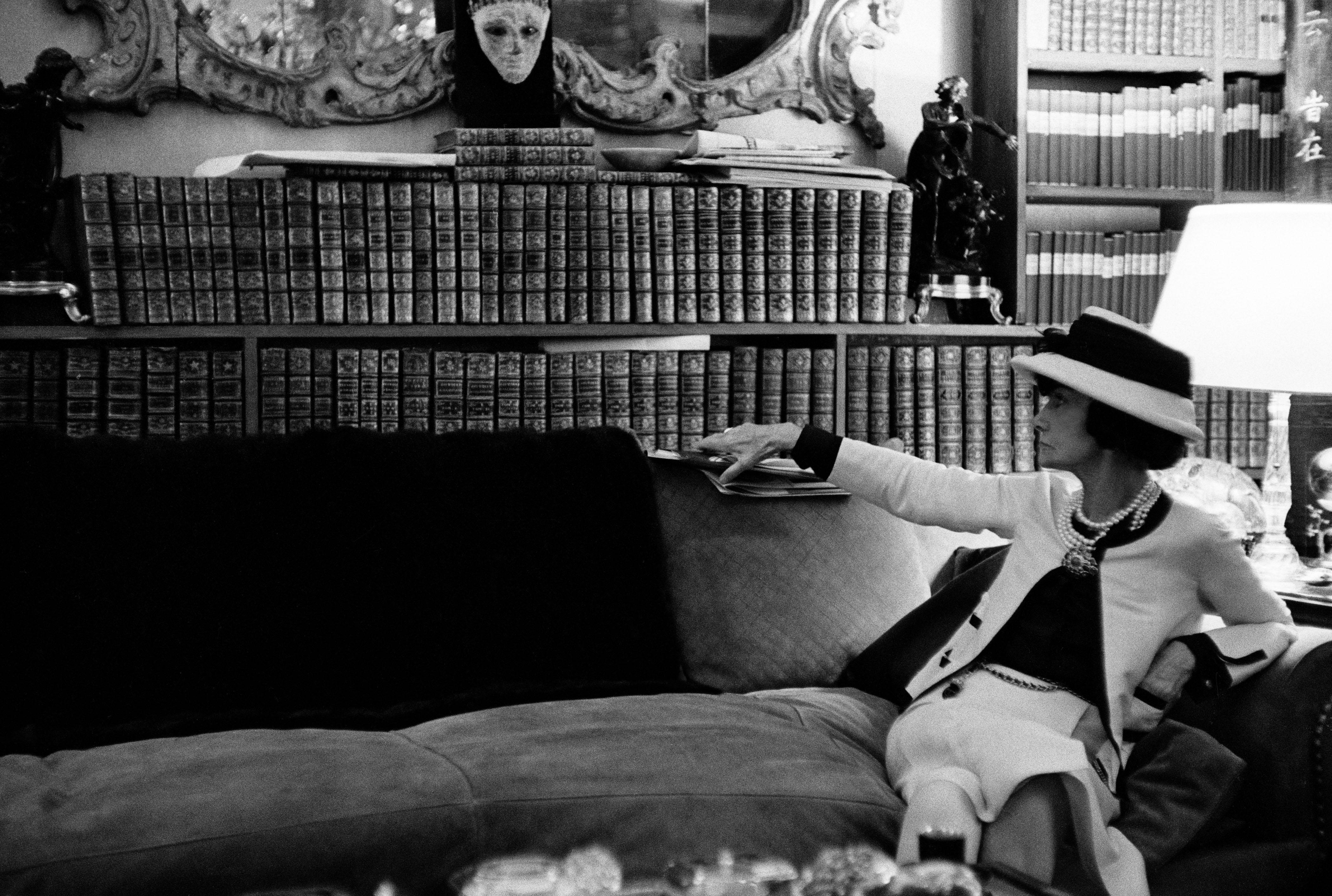 f6c3304f Venise rend hommage à Gabrielle Chanel, lectrice insatiable ...