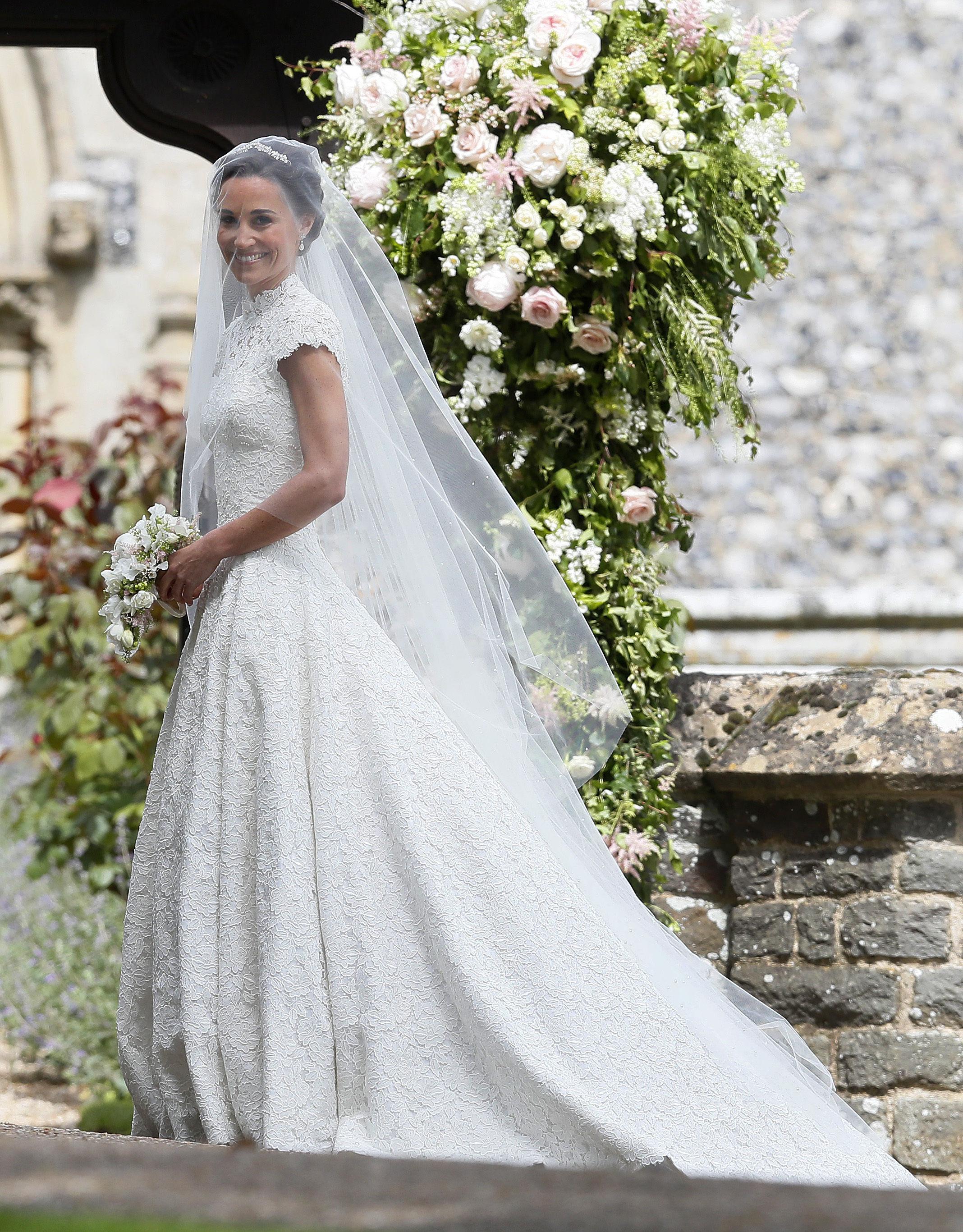 Pippa Middleton choisit une robe de marié