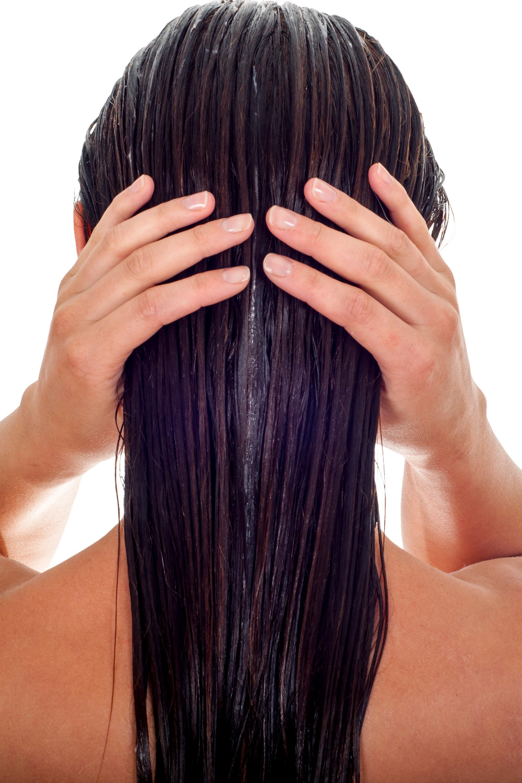 L Huile De Ricin L Allie Privilegie De Nos Cheveux Madame Figaro
