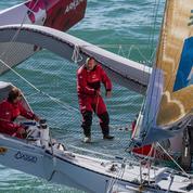 Deux marins bloqués 85 heures dans leur voilier retourné