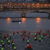 Bataille de Stand Up Paddle sur la Seine