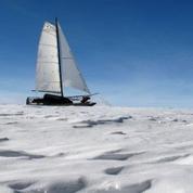Immersion en catamaran dans l'enfer du pôle