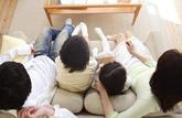 Le congé parental sera-t-il mieux partagé?