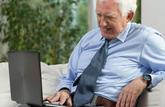 Vers une prime pour maintenir les seniors en activité?