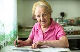 Impôts locaux: les personnes âgées exonérées en 2014, le seront jusqu'en 2016