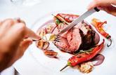 Viande rouge et charcuterie: l'OMS recommande la modération