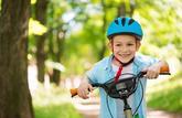 À vélo, le casque devient obligatoire pour les enfants en mars 2017