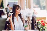 Cas pratique: puis-je fumer ou vapoter à la terrasse d'un café?