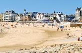 Résidences secondaires: de Deauville à Biarritz, les bonnes affaires de la côte Ouest