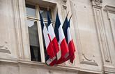 Pas de poignée de main avec le préfet, pas de nationalité française