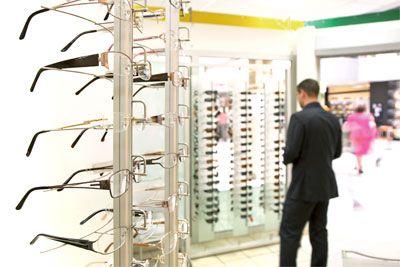 4ab5371804cddf Pour des lunettes mieux ajustées  les garanties à attendre d un opticien