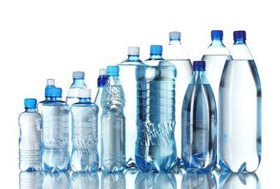 Des taux de radioactivité trop élévés dans les bouteilles d'eau