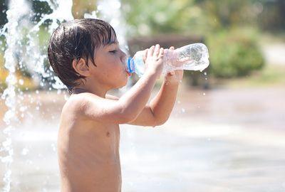 Canicule: attention à la chaleur pour les enfants