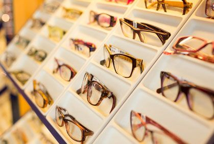 4989396509 Opticiens: obtenir des lunettes ou des lentilles devient plus facile