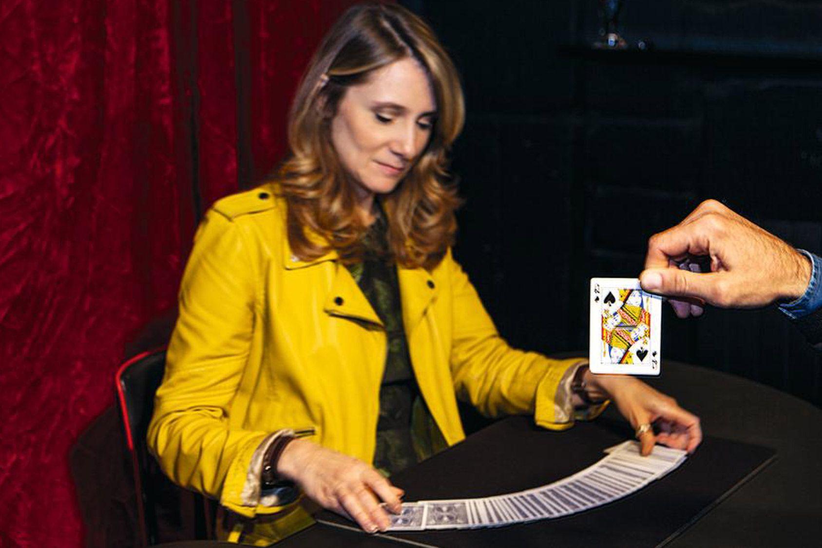 Une heure pour apprendre des tours de magie