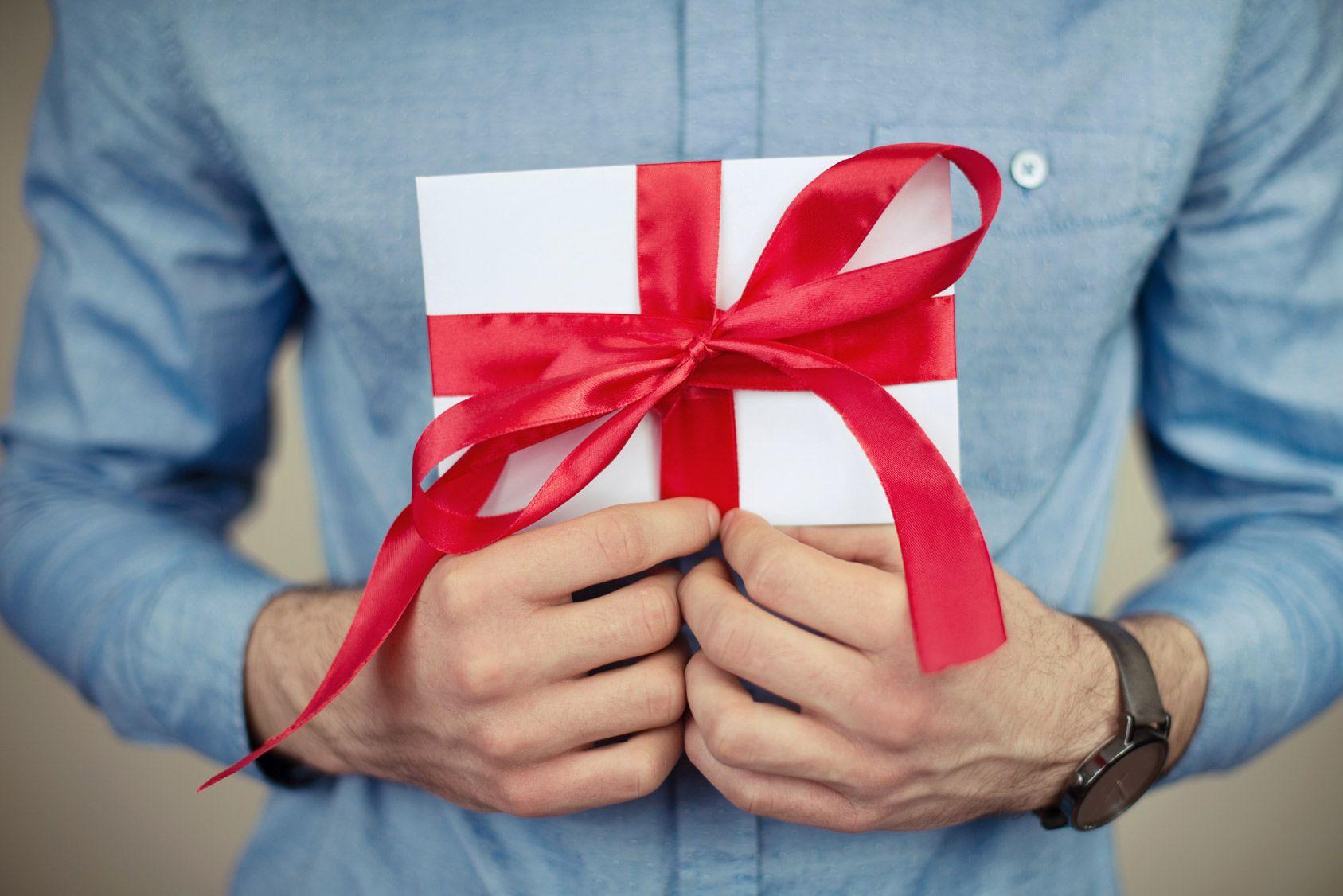 Quand faut-il déclarer un don manuel?