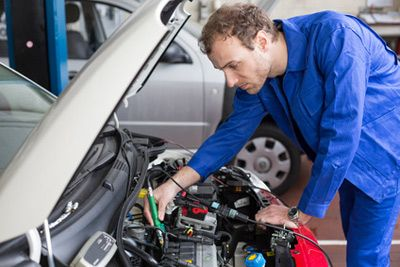 Le nouveau contrôle technique obligatoire des voitures coûtera plus cher