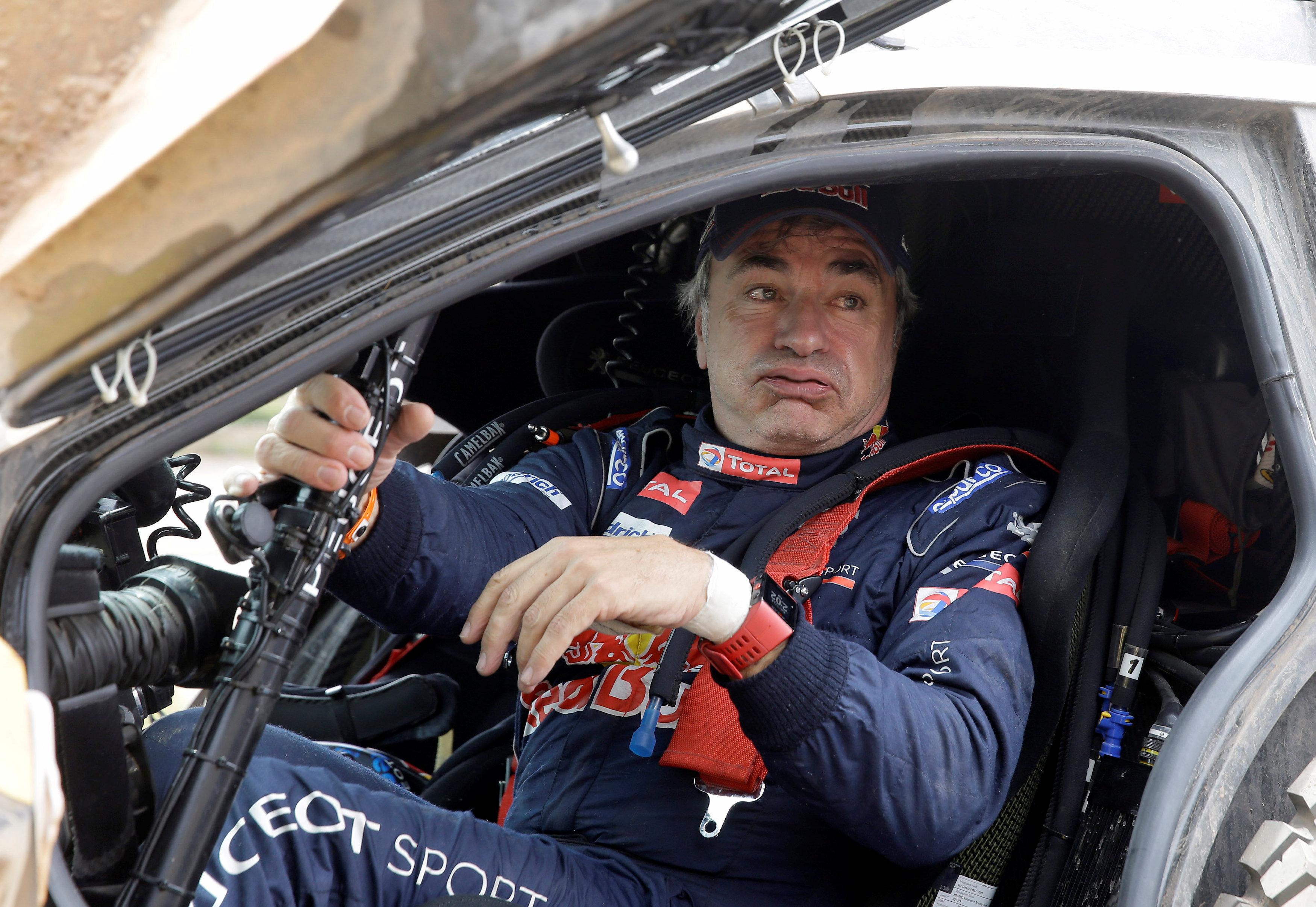 Auto/Moto - Dakar - Dakar : Sainz gère, Peterhansel attaque à tout-va