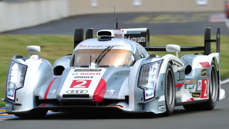 24 heures du mans toyota part de loin face audi 24h du mans endurance auto moto. Black Bedroom Furniture Sets. Home Design Ideas