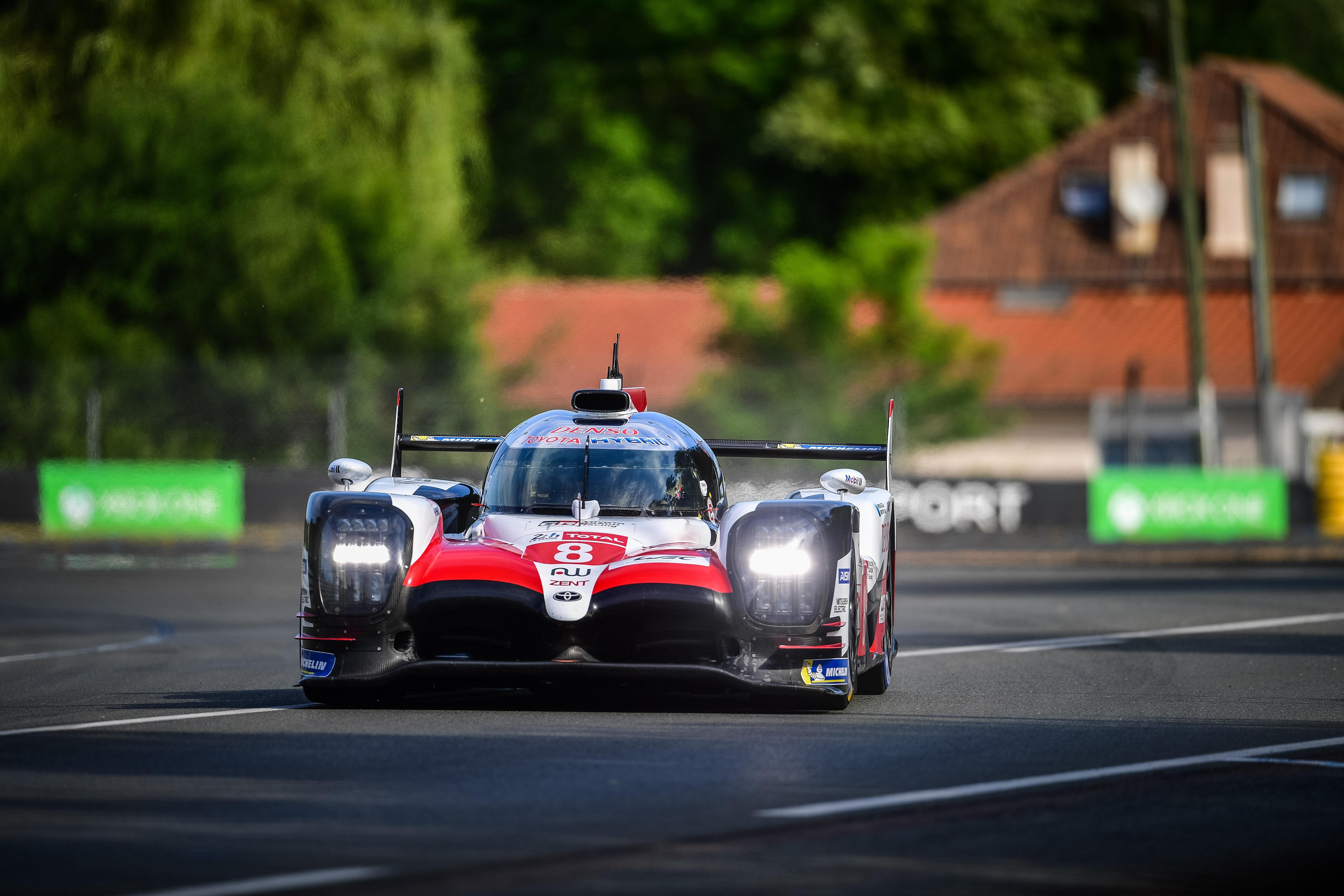Auto/Moto - Toyota survole les premiers essais qualificatifs