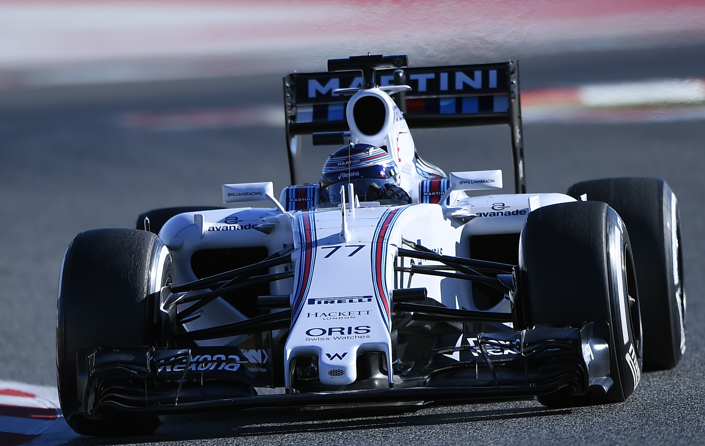 F1 - Bottas prend date