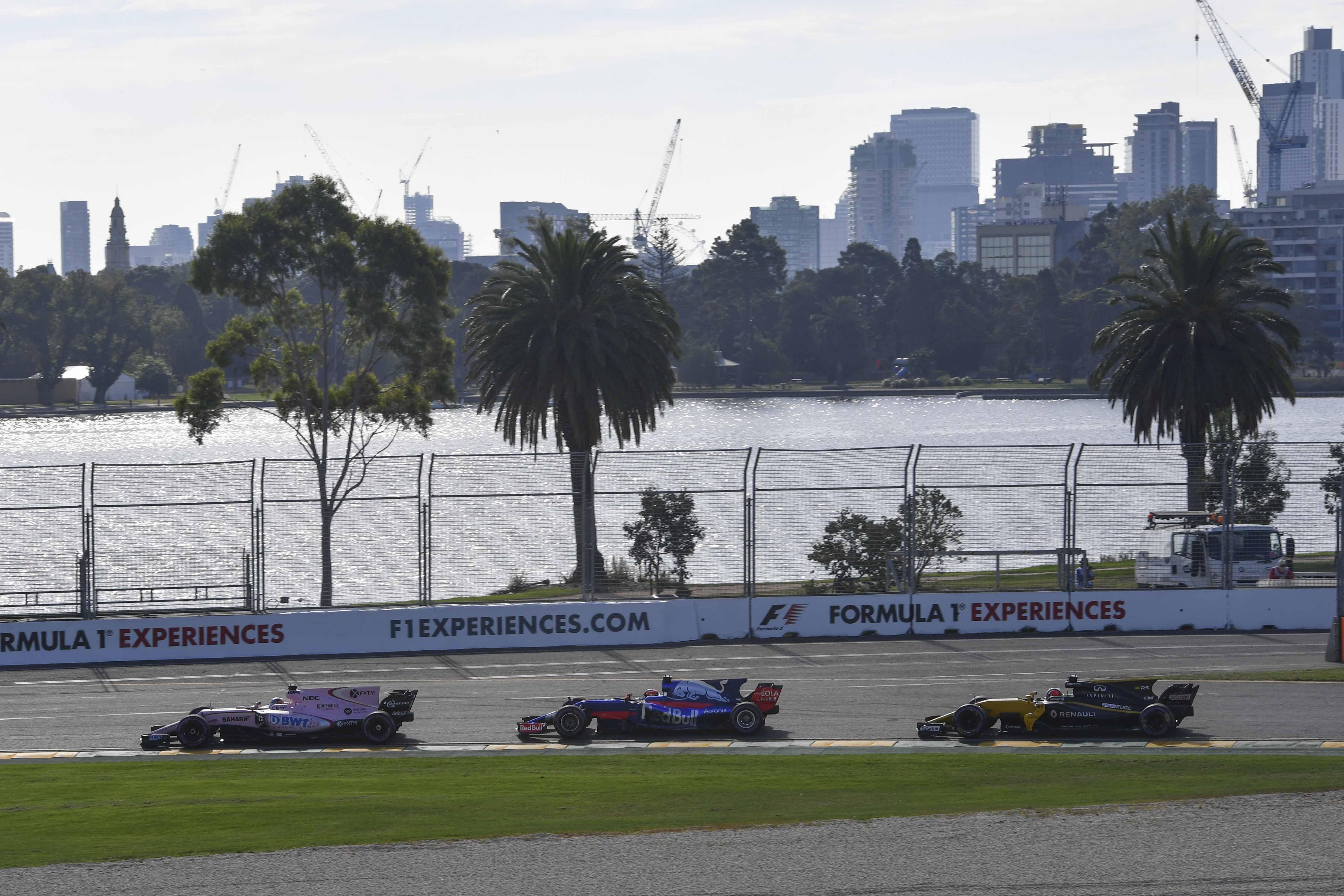 Auto/Moto - Formule 1 : Plus de vitesse mais moins de dépassements ?