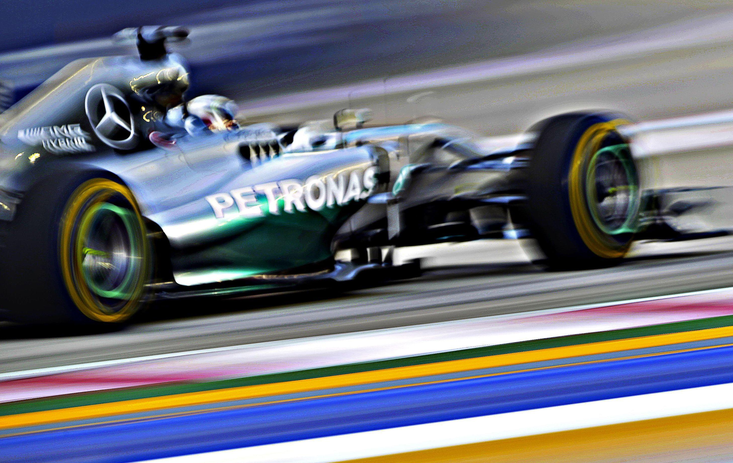 F1 - Hamilton encore devant Rosberg