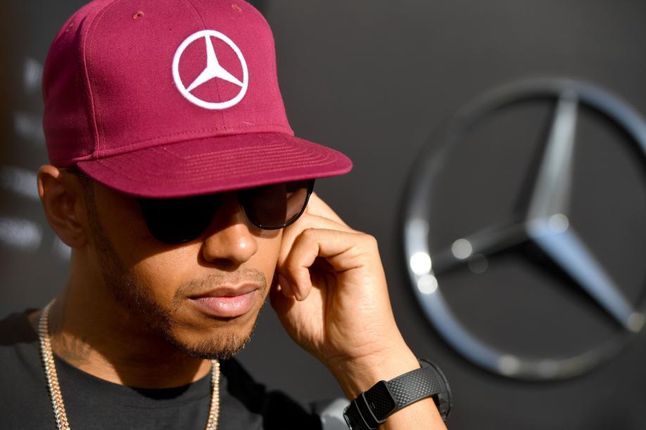 F1 - Hamilton ne sait plus comment fonctionnent les commandes de son volant