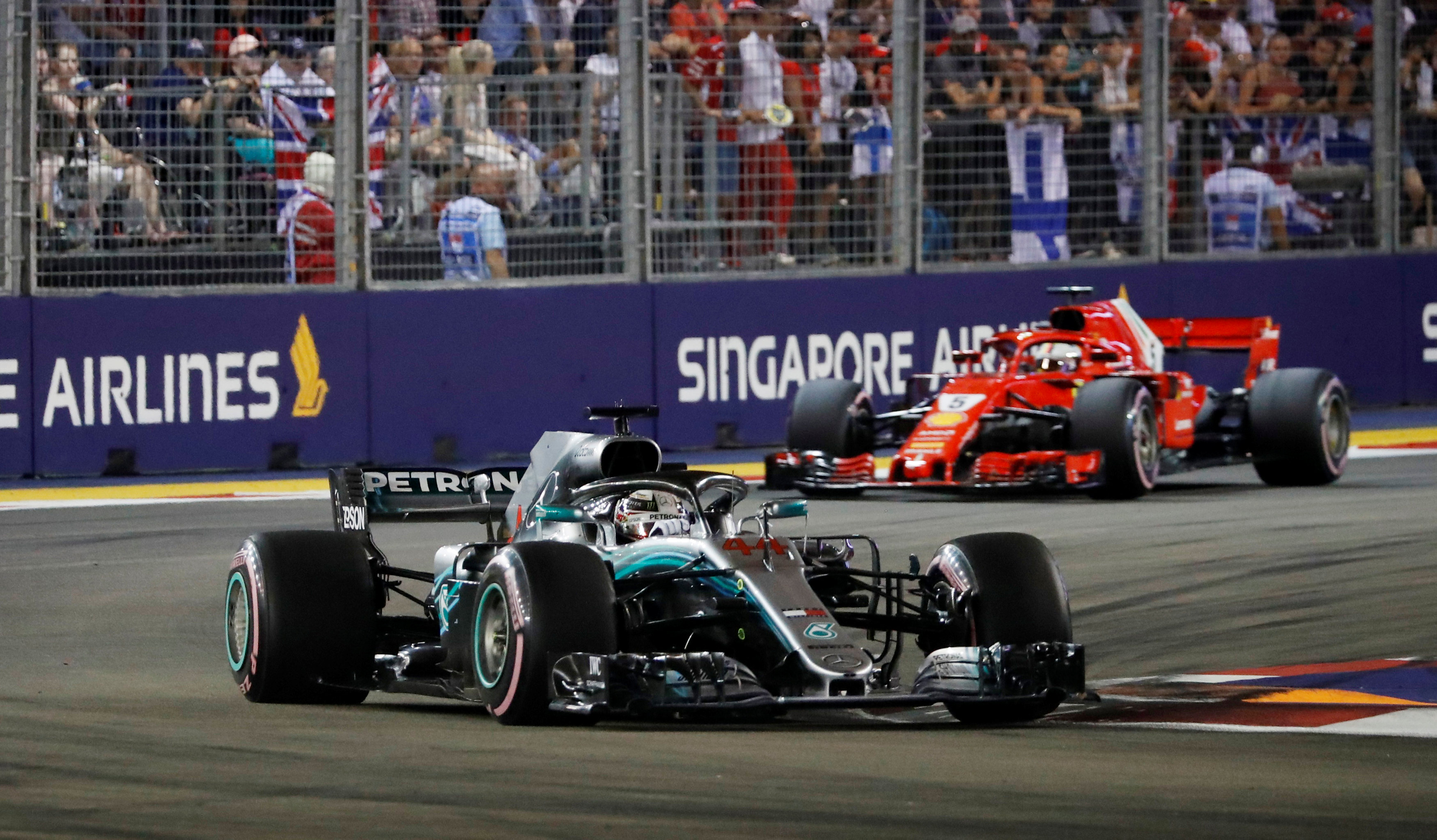 Formula 1: Hamilton radiation in Singapore
