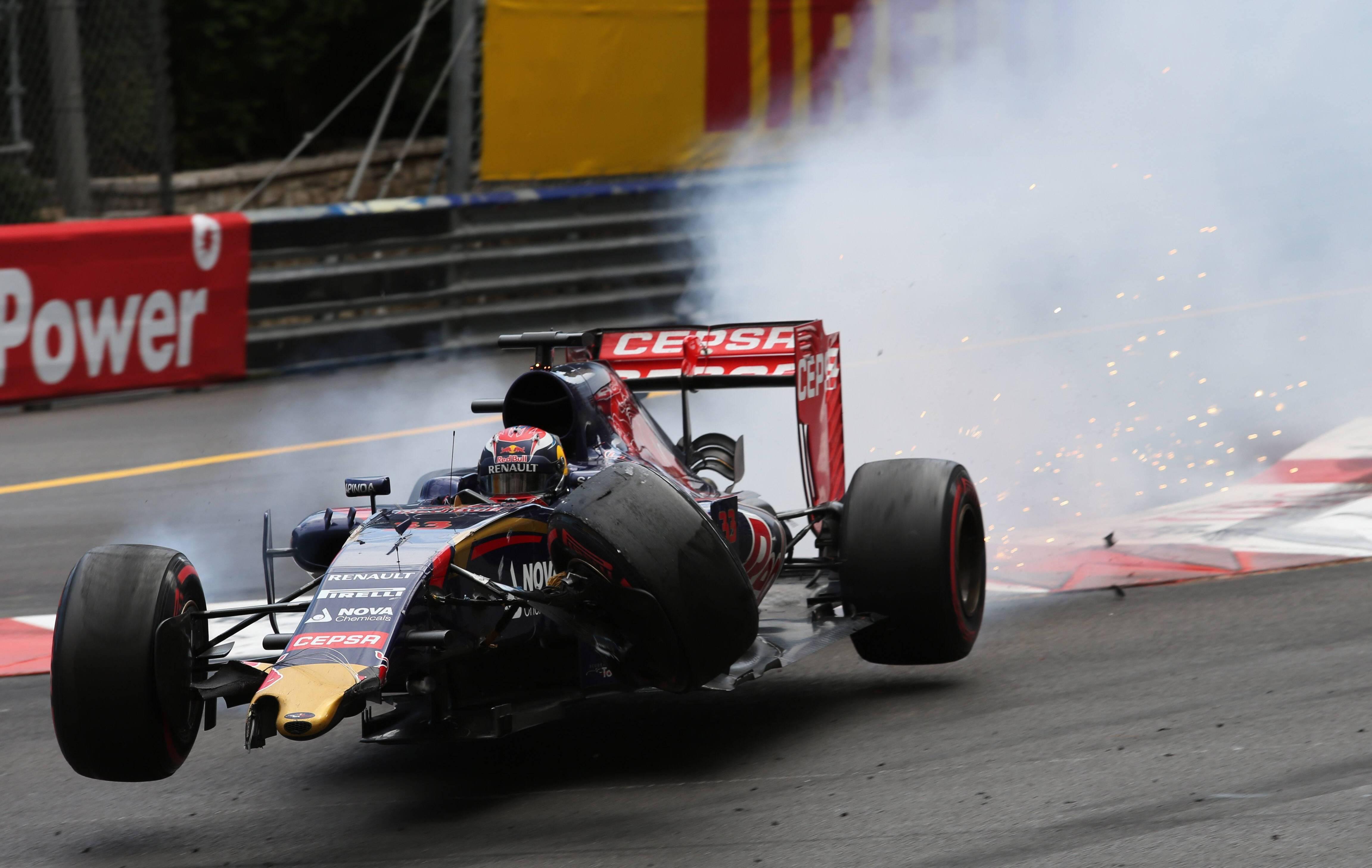 F1 - Verstappen rattrap� par sa jeunesse