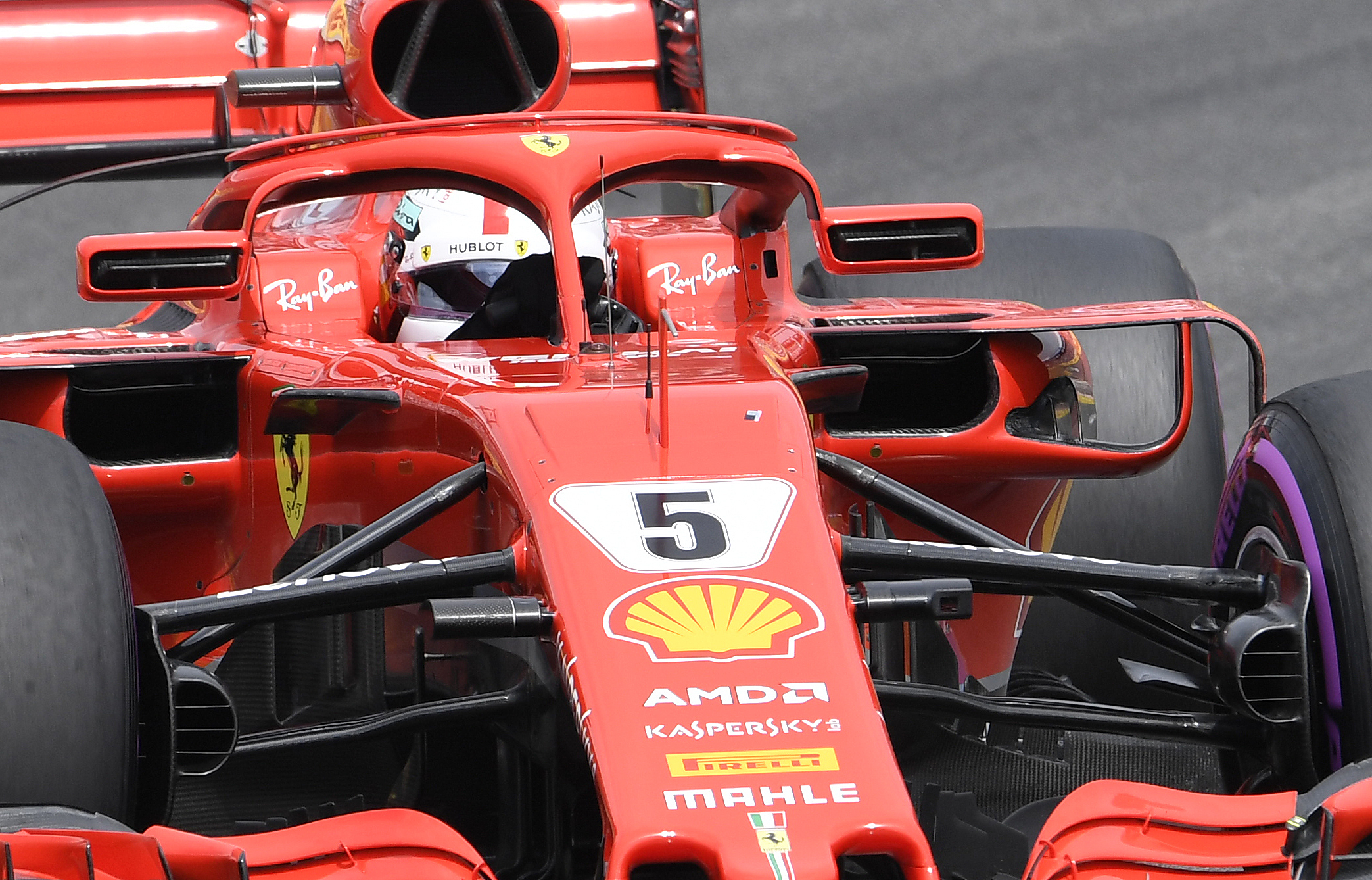 Auto/Moto - Vettel à la fête, Hamilton en plein désarroi