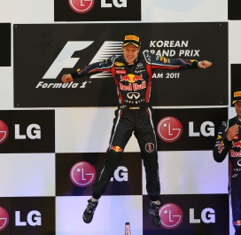 3. Sebastian Vettel (Allemagne) : 53 victoires (252 courses*)