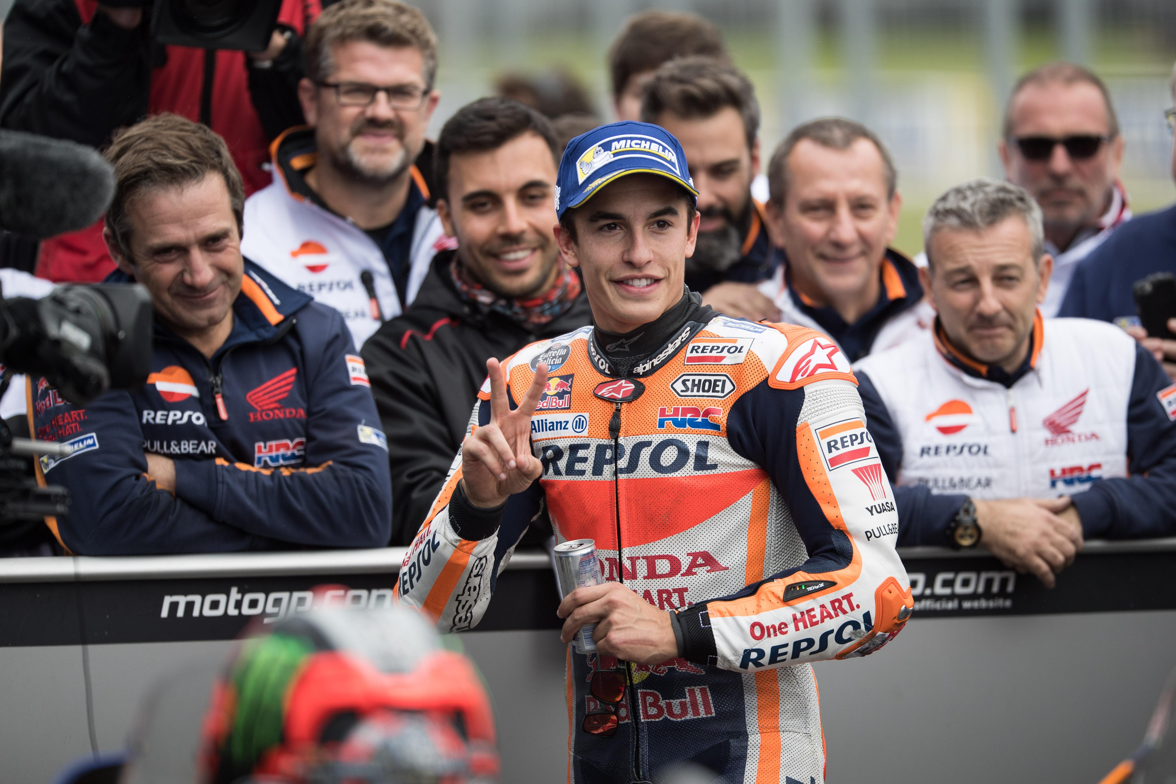Auto/Moto - Marquez se rapproche du sacre, Zarco récompensé