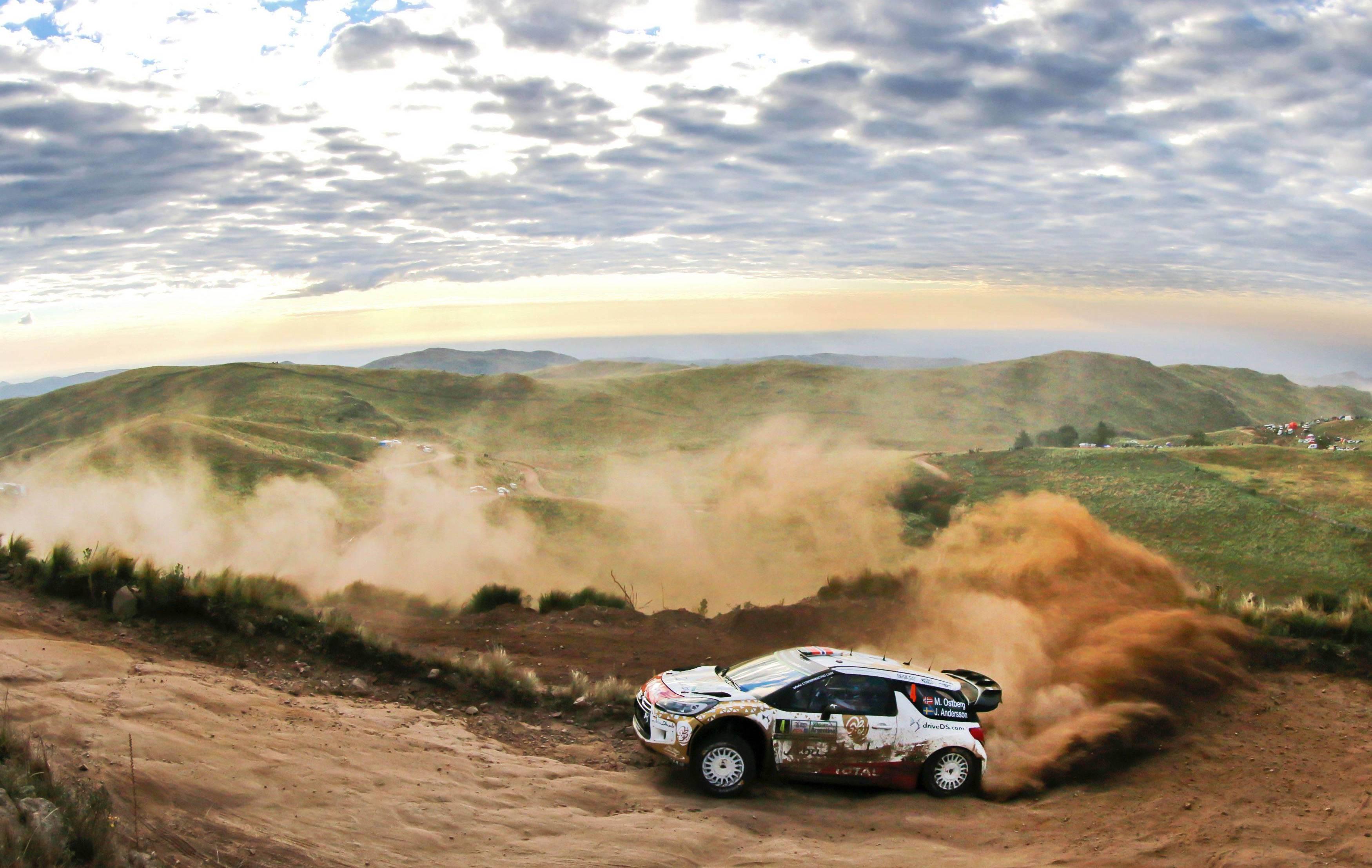 Rallye - Les deux Citro�n aux commandes