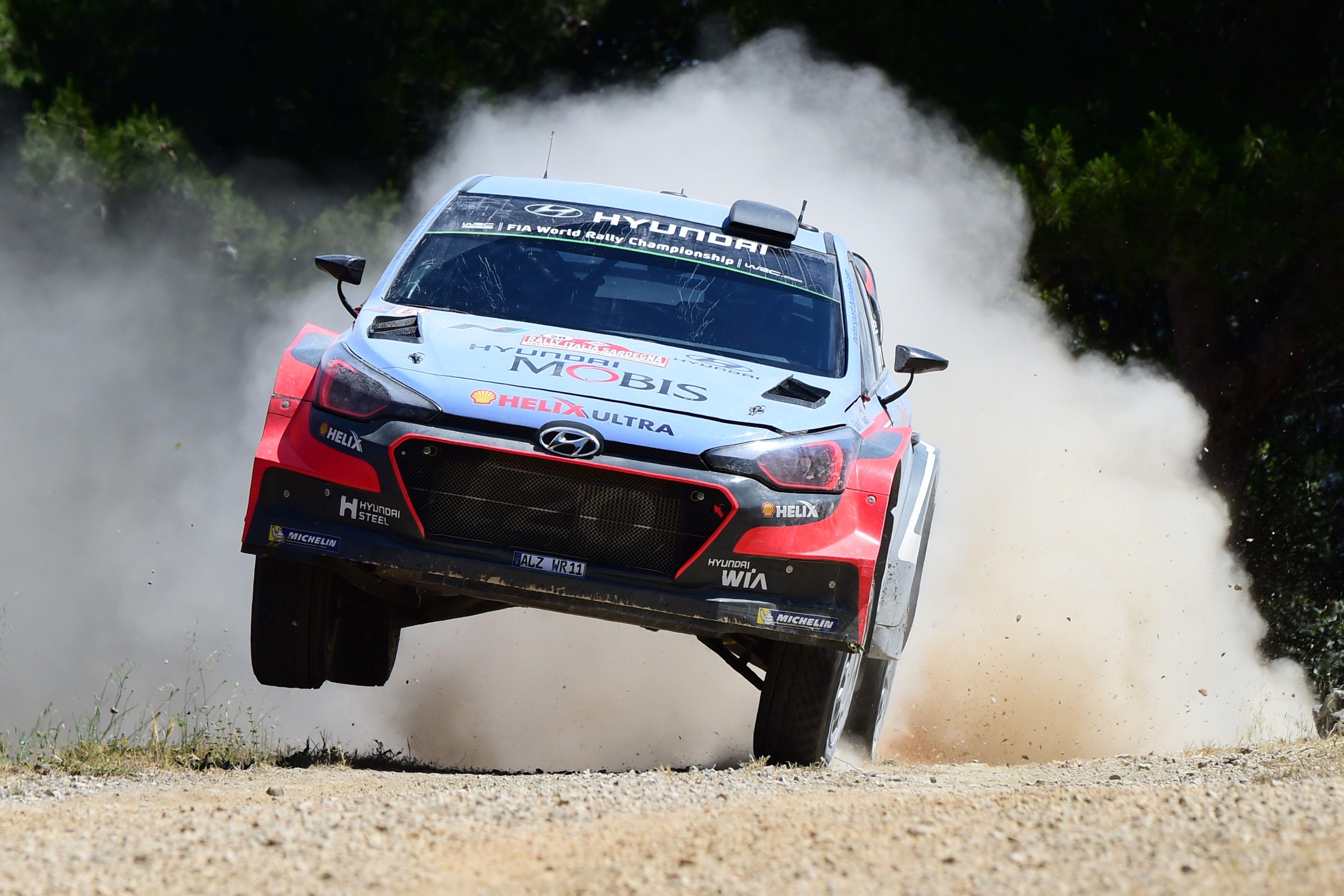 Rallye - Neuville r�siste � Latvala, Ogier 3e