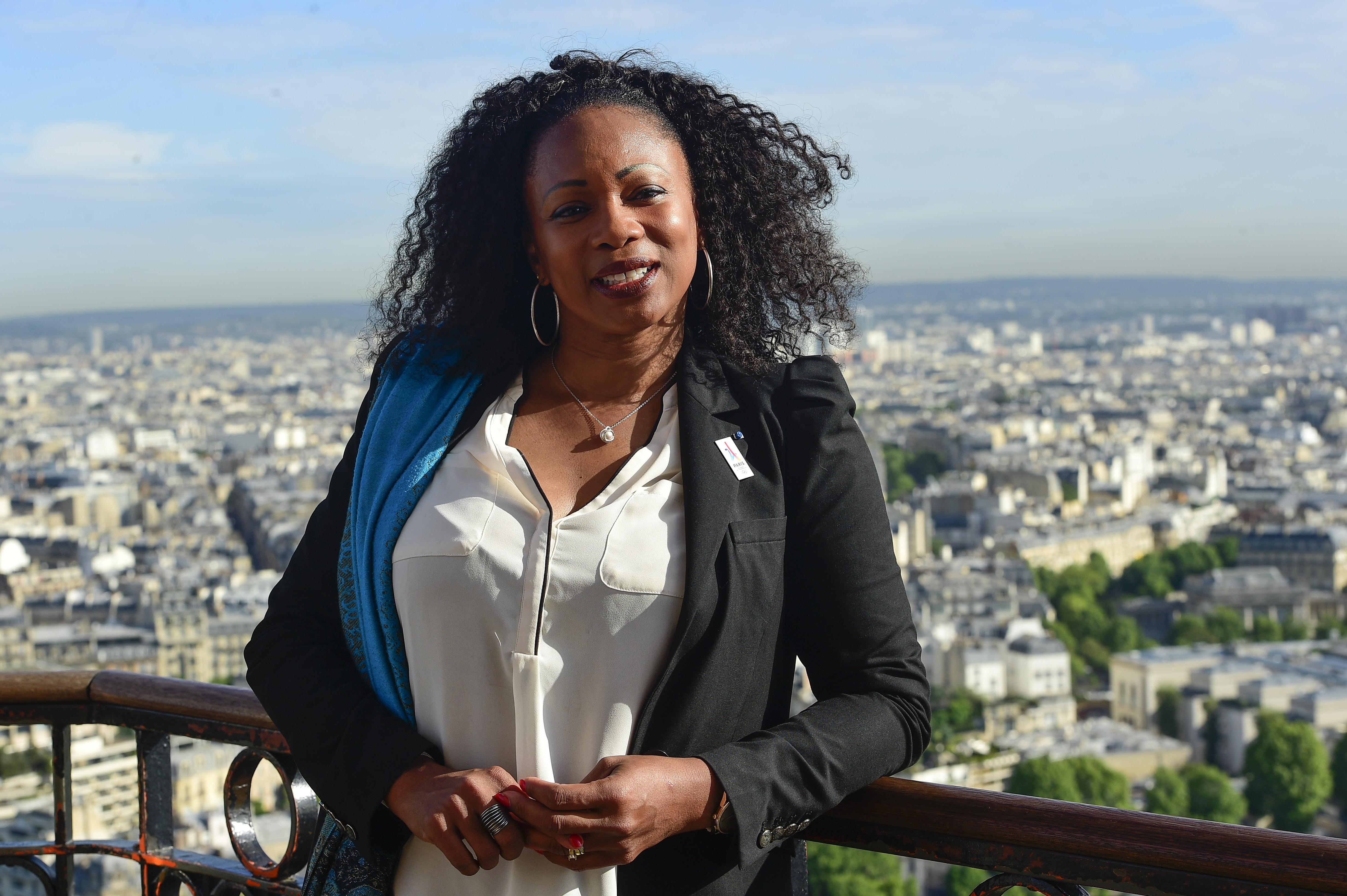 Laura flessel une championne olympique nomm e ministre for Ministre de france