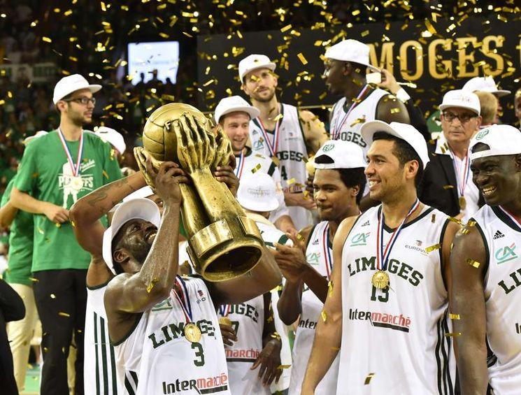 Basket - Le sacre de Limoges en images