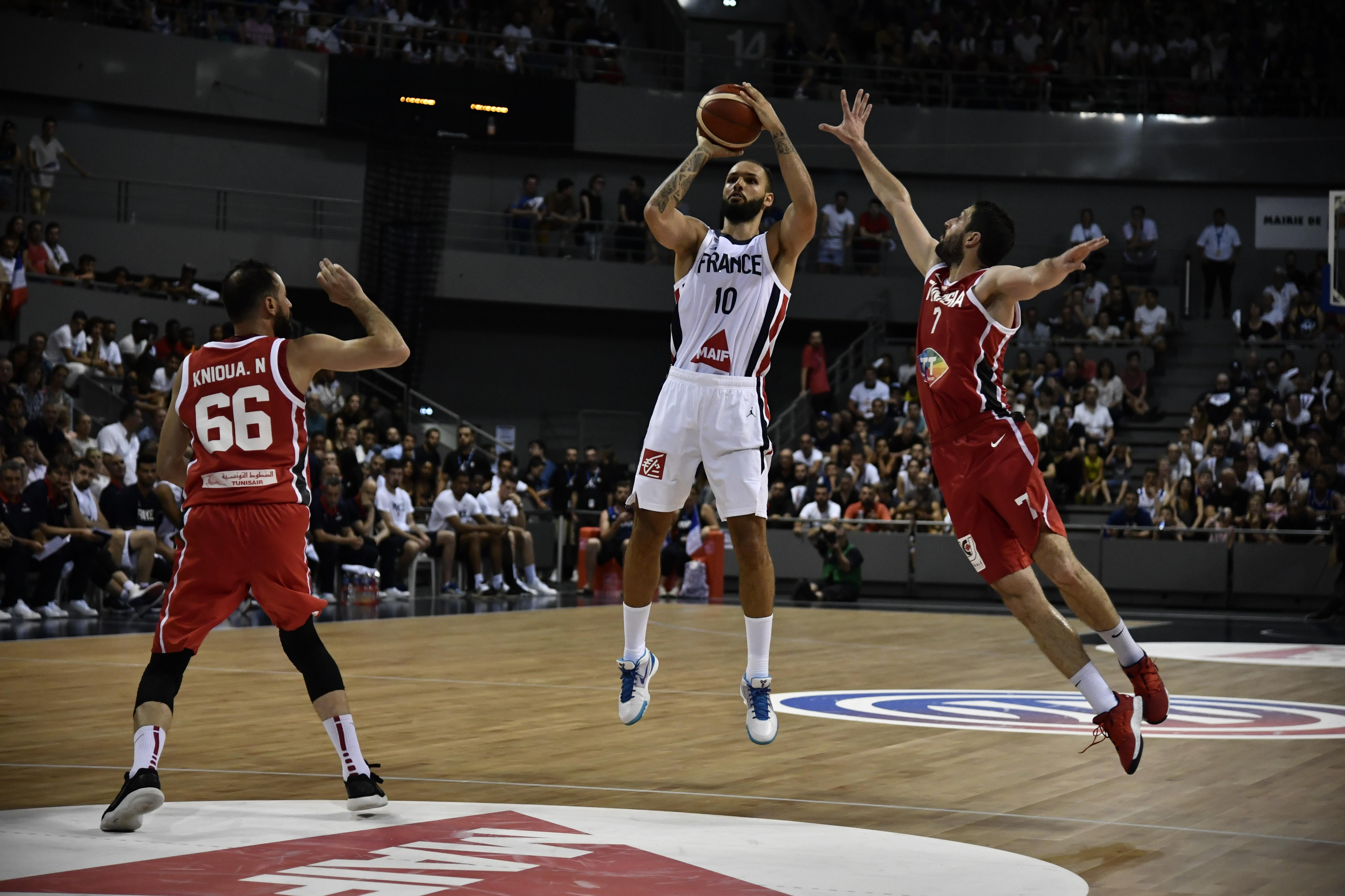 Basket - Equipe de France - Basket : les Bleus s'appliquent et dominent la Tunisie