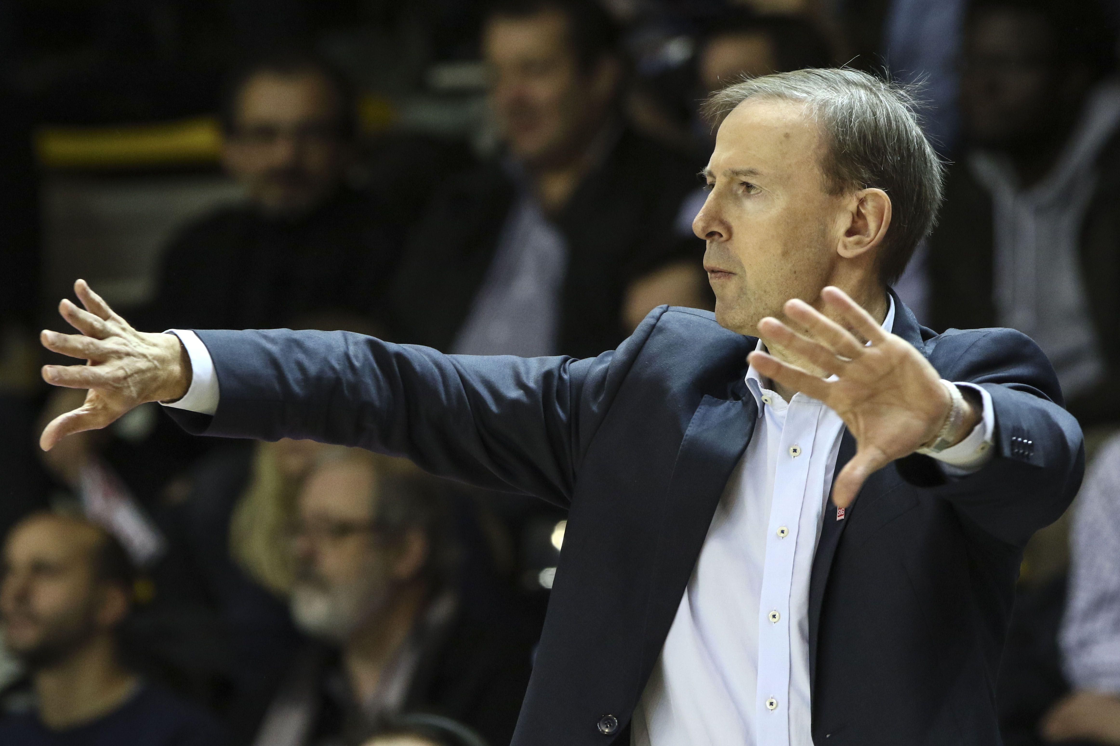 Basket - Equipe de France - Collet demande «un investissement XXL en défense» aux Bleus