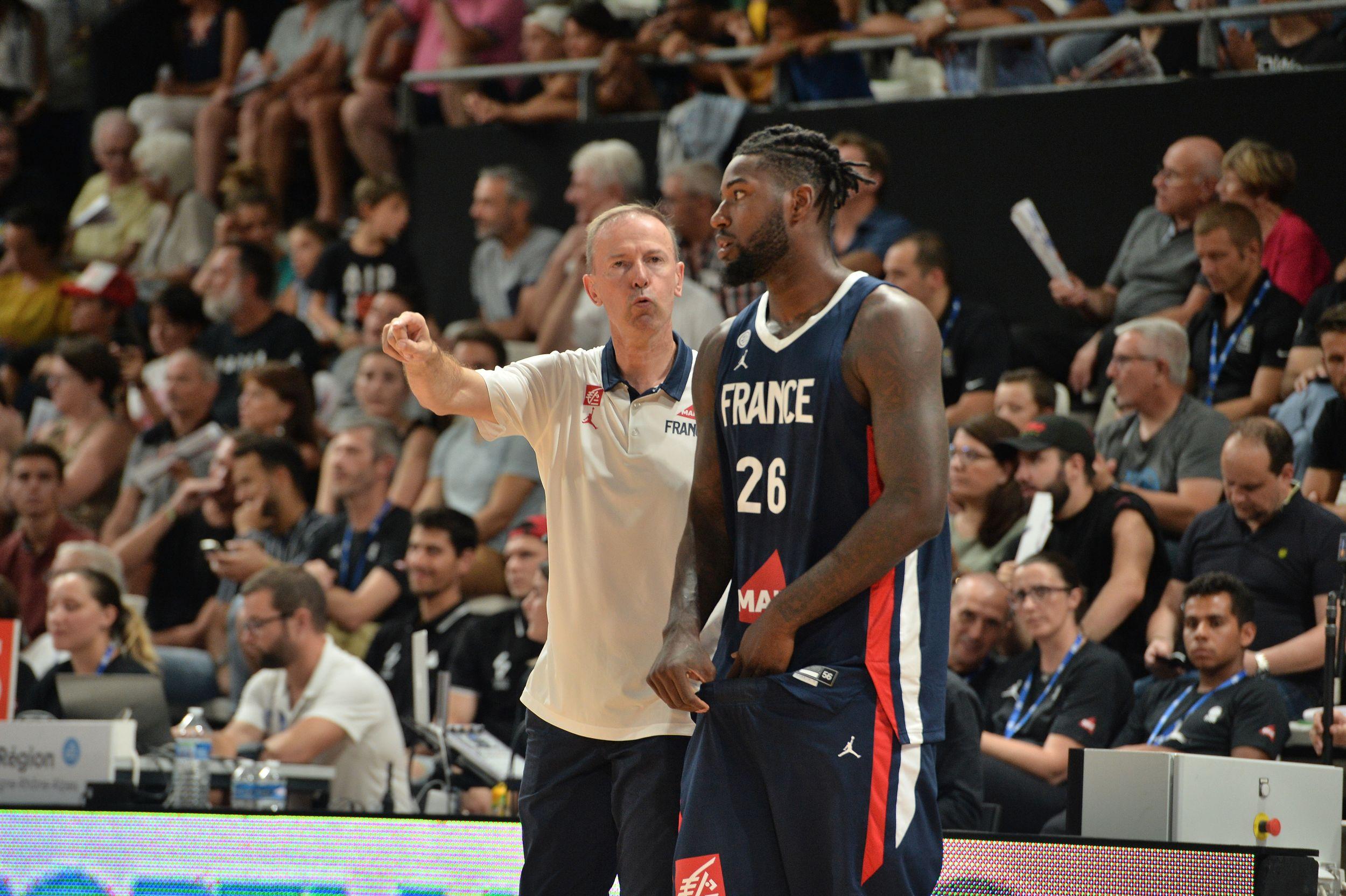 Basket - Equipe de France - En net progrès, les Bleus du basket déroulent contre l'Argentine