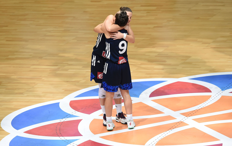 Basket - Equipe de France - L'or et la revanche en guise de cadeau d'adieu pour Madame Dumerc ?