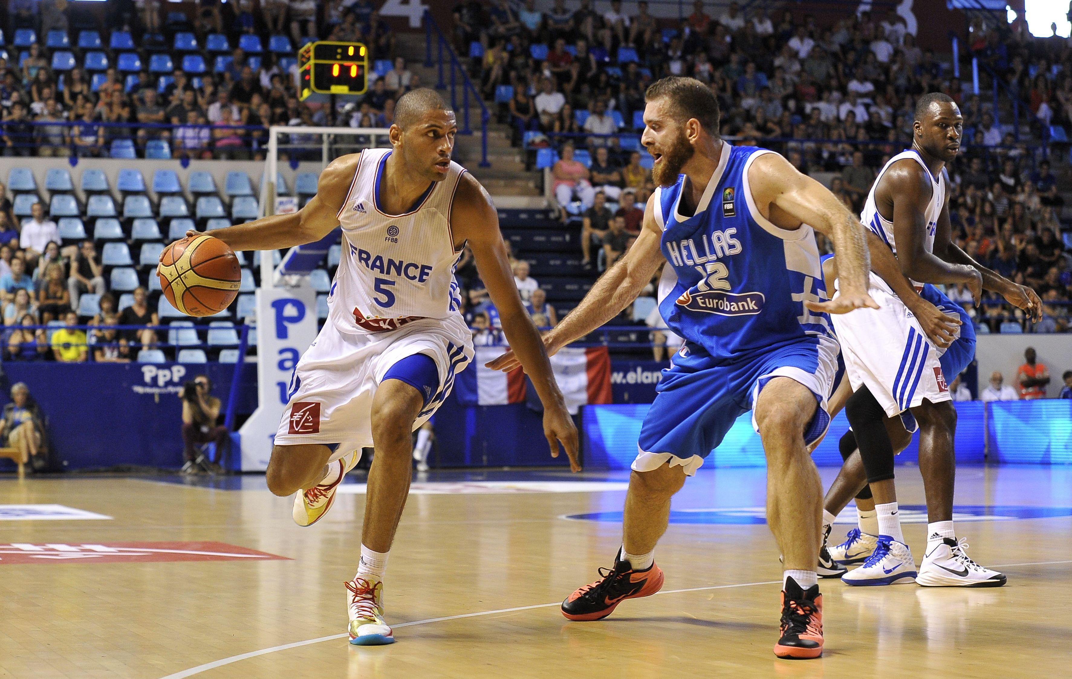 Basket - Equipe de France - Les Bleus avec la Gr�ce et la Russie ?