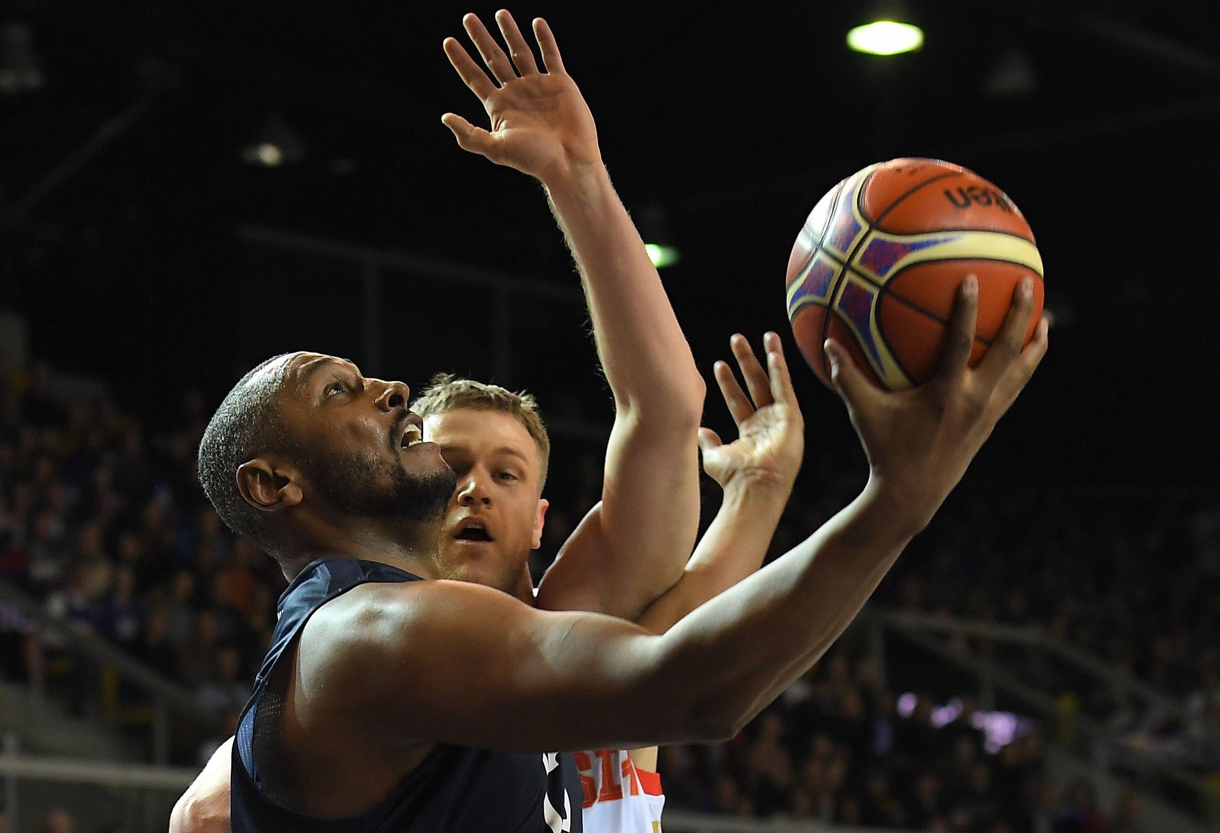 Basket - Equipe de France -  Les Bleus terrassent la Russie au bout du suspense