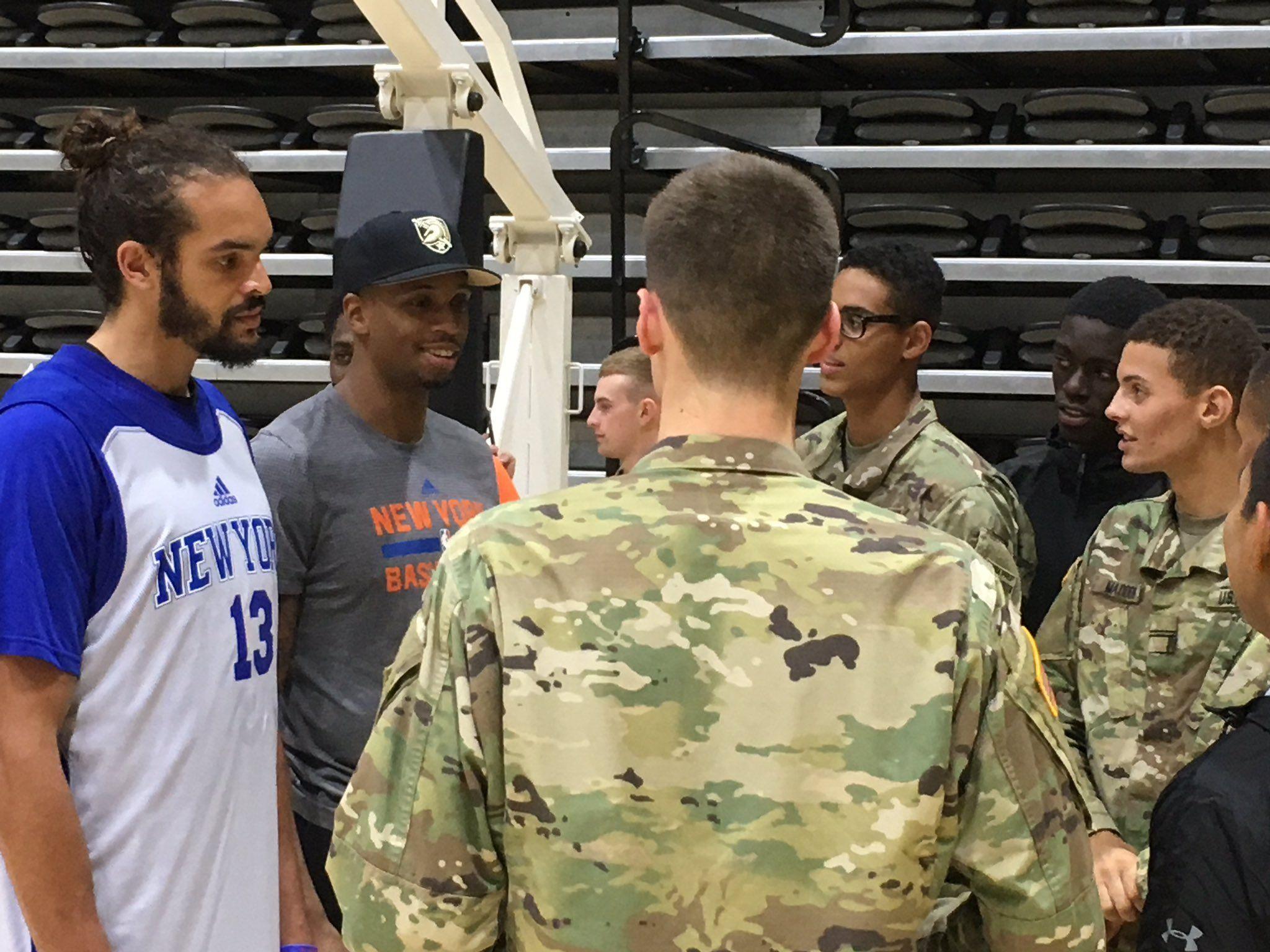 Basket - NBA - Antimilitariste, Noah décline un dîner dans une école militaire US