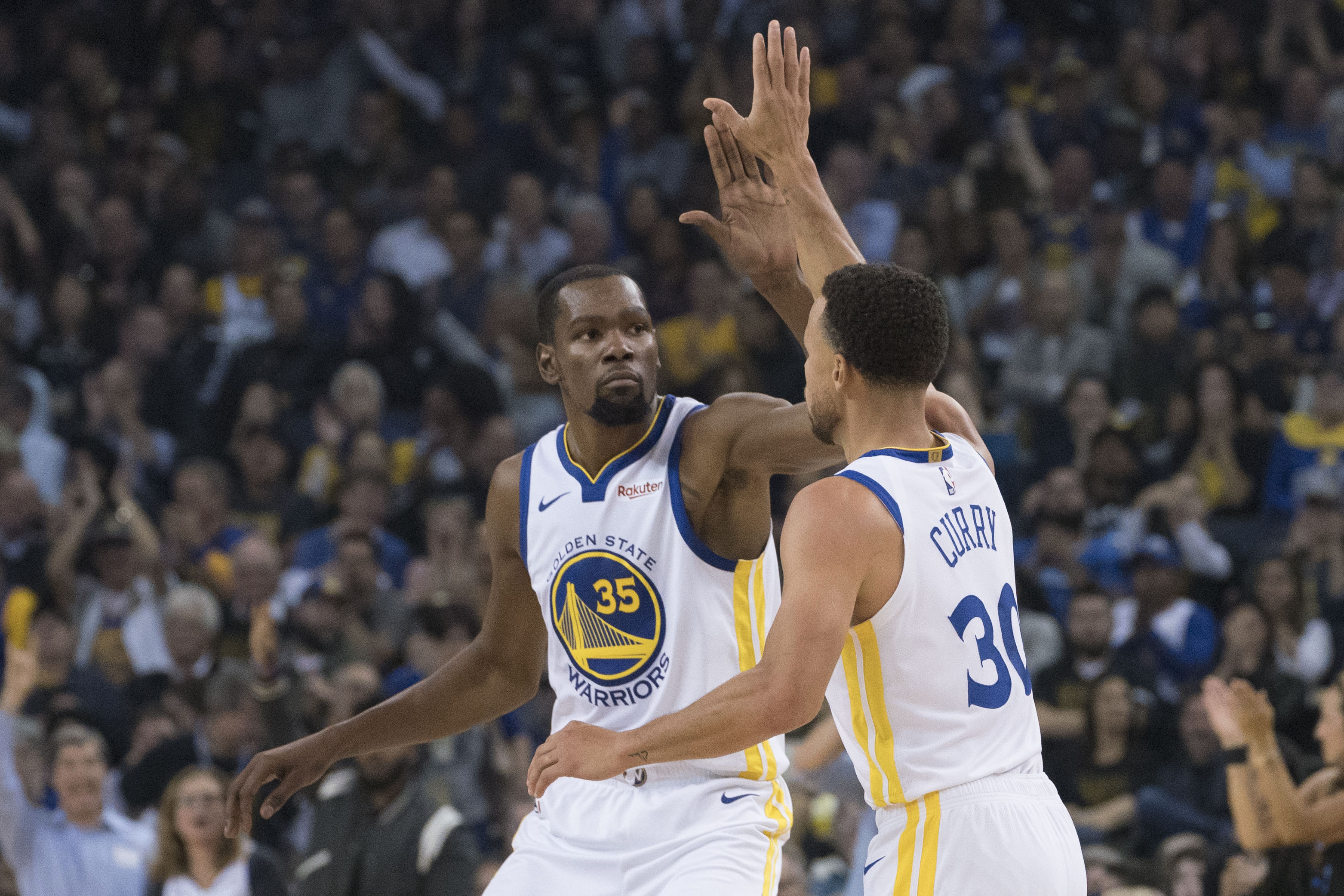 Basket - NBA - Boston et Golden State brillent d'emblée
