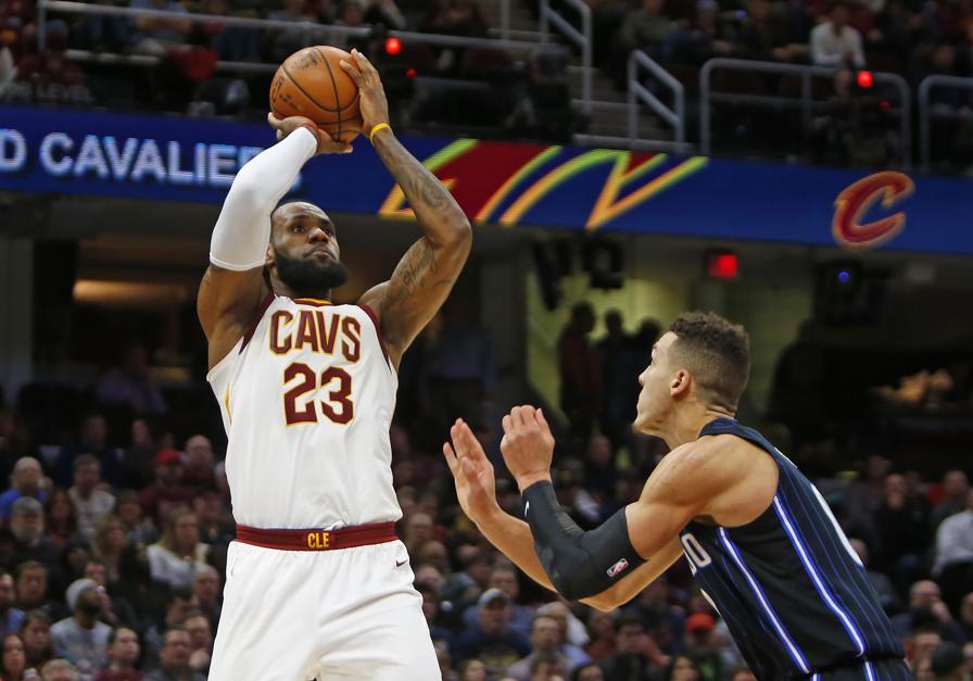 Basket - NBA - Cleveland se rassure et LeBron James se rapproche des 30.000 points